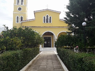 Φιλανθρωπικό παζάρι στον Ιερό Ναό Αγίου Τρύφωνα Αμαλιάδας