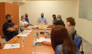 Σύσκεψη στην Περιφέρεια για την ανάπτυξη της αλιείας και των υδατοκαλλιεργειών