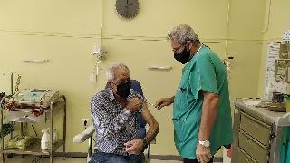Εμβολιάστηκε για τον covid - 19 ο Δήμαρχος Ήλιδας I. Λυμπέρης