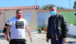 Την αδιαφορία της Δημοτικής Αρχής Ήλιδας για τις 32 οικογένειες Τσιγγάνων στα Τσιχλέικα κάλυψε ο Δημήτρης Κωνσταντόπουλος