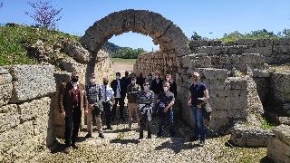 """Επίσκεψη συμμετεχόντων στην Πολυεθνική Άσκηση """"Ηνίοχος 2021"""" στον Αρχαιολογικό Χώρο Ολυμπίας"""