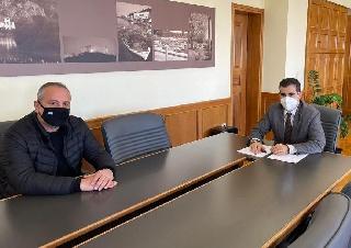 Συνάντηση Αντιπεριφερειάρχη Π.Ε Ηλείας Β. Γιαννόπουλου με εκπρόσωπο του Συλλόγου Εκπαιδευτών Οδηγών Πύργου